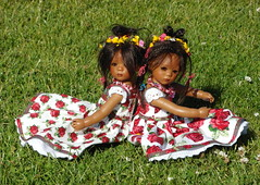 Minis auf den Wiesen ... (Kindergartenkinder) Tags: outdoor rosengarten seppenrade kindergartenkinder leleti