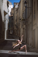 (dimitryroulland) Tags: nikon d600 85mm 18 dimitry roulland natural light dance dancer ballet ballerina montpellier urban street city france performer art