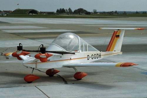 Colomban MC-15 Cri-Cri