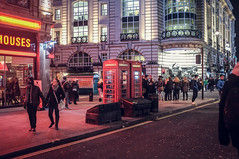 Piccadilly (Adam Haranghy) Tags: street red england rot london night booth photography shot nacht britain circus telephone great piccadilly scene telefonzelle ldn grosbritannien