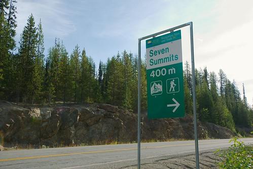 7 summits sign