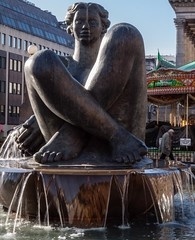 The Floozie in the Jaccuzi (katrin glaesmann) Tags: england fountain birmingham 2012 theriver 19921994 dhruvamistry thefloozieinthejacuzzi fountainoftheyearawardin1995