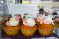 """ (Miinanda) Tags: cupcakes confectionery dulces ponques"