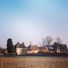 "The moulin de moins (monks mill) on the road to Beaune. Is spring here to stay in burgundy? #burgundy #hungrycyclistlodge • <a style=""font-size:0.8em;"" href=""http://www.flickr.com/photos/30386142@N06/8559326247/"" target=""_blank"">View on Flickr</a>"