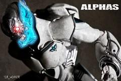 Alphas - Zetman - Revoltech Takeya (sir_winger) Tags: white toy action good figure kaiyodo alphas takeya revoltech zetman
