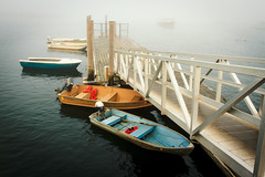 Dockside (Tom Whitney Photography) Tags: usa fog coast landscapes maine places northamerica naturesubjects pinepointbeach