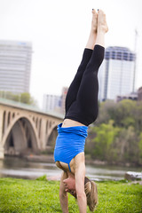 2013 04 14 - 9336 - DC - Suzie (thisisbossi) Tags: usa nova yoga arlington virginia washingtondc dc nw unitedstates northwest bridges georgetown va rosslyn potomacriver keybridge aqueducts northernvirginia arlingtoncounty abutments ward2 aqueductbridge alexandriaaqueduct aqueductabutment georgetownaqueductabutment suzieblackman