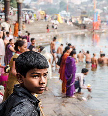 Boy watching moring rituals (Joo Miguel Russo) Tags: boy india river bath asia faith religion tradition offers nashik youngboy morningrituals godavaririver