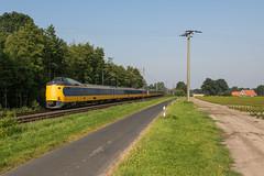 ICM 4016 + 4012, Gildehaus (Dennis te D) Tags: amsterdam airco amsterdamcentraal 141 icm intercity badbentheim berlijn 4012 gildehaus warmte 4016 icmm