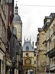 Rouen - Gros-Horloge (JeanLemieux91) Tags: rouen hautenormandie normandie france juin junio june 2016 printemps primavera spring pluie lluvia rain horloge clock anglonormand tudor