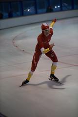 A37W7275 (rieshug 1) Tags: speedskating schaatsen eisschnelllauf skating nkjunioren knsb nkjuniorenallroundafstanden afstanden allround 50010001500massstart demeent alkmaar sportcomplexdemeent juniorenc ladies dames 500m