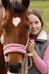 Vtt&torrt (m.rsjoberg) Tags: friends best rttvik dalecarlia sverige dalarna sweden tamron90mm canon70d horse hst girl flicka fs160904 vatttorrt fotosondag vtt och torrt fotosndag