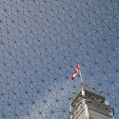 Biosphre (iandavid) Tags: montreal biosphere quebec canada architecture flag