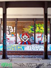 Its a Wonderful Life (h.d.lange) Tags: berlin peripherie sbahn gleis brcke graffiti supermario