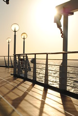 Cubierta/Deck (Enrique.Kirchman) Tags: cruise sea mar crucero royal caribbean caribe cubierta deck ocean