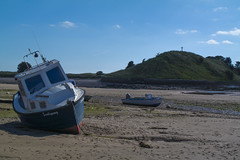 Scallywag (Hawk 3663) Tags: alnmouth boats samsungnx30 tideout beached