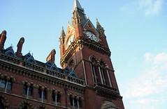 St Pancras Intl Station clock tower. (DesiroDan) Tags: highspeed1 stpancrasinternationalstation eurostar railwaystationsintheuk