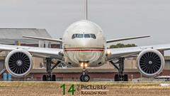 Etihad Airways B777 (Green 14 Pictures) Tags: a6etm aviation avgeek avporn airport aircraft airplane air airline airlines airfield boeing 777 77w mel ymml melbourne tullamarine australia etihad ey etd
