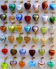 Hearts (Justinawind) Tags: colors hearts heart cuori colori cuore jewel gioielli kolory serca serce bizuteria