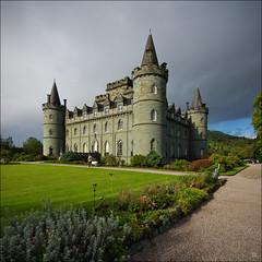 Inveraray Castle (Santa Cruiser) Tags: castle scotland argyll chief duke clan campbell burg schottland inveraray