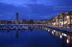 Alicante, The Blue Hour (Fotomondeo) Tags: sea espaa valencia port reflections boats puerto mar spain nikon barcos harbour alicante bluehour reflejos sigma1020mm nikond7000