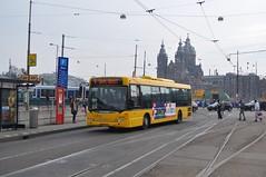 EBS verdwaald... (GVB813) Tags: bus amsterdam centraalstation scania waterland ebs egged amsterdamcs bussen streekbus omnicity ebsov eggedbusservice