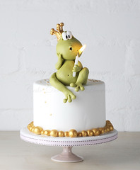 Mr. Froggy (Bettys Sugar Dreams) Tags: germany hamburg betty german tutorial anleitung fondant sugarcraft littlefroggy mrfroggy motivtorte bettinaschliephakeburchardt bettyssugardreams cakedecoratingheaven