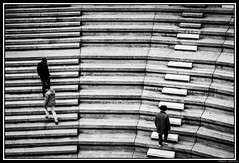 Ligne (Maestr!0_0!) Tags: street white black paris stairs noir belleville rue blanc escalier ligne menilmontant