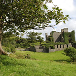 "Clifden Castle <a style=""margin-left:10px; font-size:0.8em;"" href=""http://www.flickr.com/photos/89335711@N00/8595552269/"" target=""_blank"">@flickr</a>"