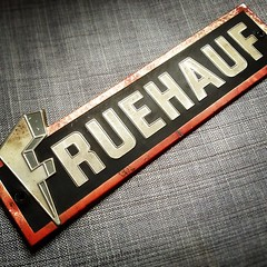 square lofi badge squareformat nameplate fruehauf chromeography iphoneography instagramapp uploaded:by=instagram