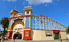 Luna Park Melbourne - Just for Fun (les.butcher) Tags: new york moon ny 35mm canon island amusement us williams mr theatre brothers great phillips towers north sydney scenic entrance railway harold victoria leon ii american hollywood moorish herman palais l lunapark rollercoaster 16 28 usm 1912 coney entrepreneurs carriages operated the brakeman melbourneaustralia jdwilliams theslick