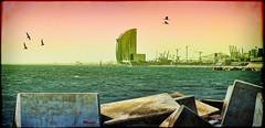 Atardecer en La Barceloneta (Modest Minguella (On/Off)) Tags: barcelona beach atardecer evening playa barceloneta modest platja breakwater photomix espigón capvespre espigó canoneos500d ef100mmmacrousm hotelwela photographyforrecreation rememberthatmomentlevel1 creativephotocafe