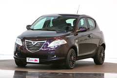 Lancia Ypsilon Elefantino meet bloggers! (LanciaExperience) Tags: auto city car fashion torino y centro automotive bloggers stile lancia automobili ypsilon elefantino