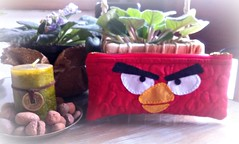 EsToJo (DoNa BoRbOlEtA. pAtCh) Tags: handmade application estojo aplicao angrybirds quiltlivre donaborboletapatchwork denyfonseca