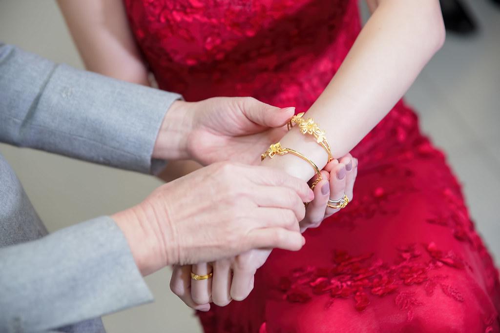 華麗雅緻,新竹婚攝,新竹華麗雅緻,新竹華麗雅緻婚攝,華麗雅緻婚攝,華麗雅緻國際宴會廳,婚攝,宗哲&怡秀045