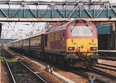 "English Welsh & Scottish Railway Class 67, 67017 ""Arrow"" (37190 ""Dalzell"") Tags: maroongold ews englishwelshscottishrailways gm generalmotors alstom valencia skip class67 67017 arrow seacontainers vsoe venicesimplonorientexpress northernbelle railtour doncaster"