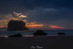 Playa de Ballota (Karolien Servranckx) Tags: asturias spain espaa playadeballota ballota sunrise seascape sea mar sand arena rocks rocas nube cloud sol sun sunlight
