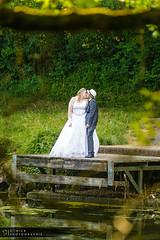 Country Wedding (Sonick Photographie) Tags: mariage wedding couple couleurs colors nature vert green champtre rural country bisou kiss ponton pontoon