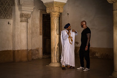 LET'S DANCE (Florence Bonnin) Tags: individus photoslasauvette candid couleur fuji maroc marrakech morocco rue street