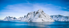 Mighty Olstinden (Ville Airo) Tags: lofoten norway norge olstinden reinefjord reine mountain panorama winter