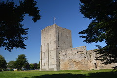 The Keep Between the Trees (CoasterMadMatt) Tags: portchestercastle2016 portchestercastle portchester castle keep porchester2016 porchester ruin ruins medievalcastle fortress englishcastles castles history englishheritage heritage property hampshire hamps southeastengland england britain greatbritain gb unitedkingdom uk july2016 summer2016 july summer 2016 coastermadmattphotography coastermadmatt photos photography nikond3200