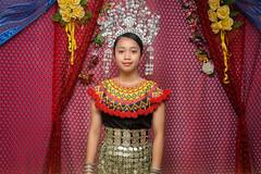 Iban_longhouse_girl (abtabt) Tags: malaysia sarawak sibu iban longhouse girl house d70028300