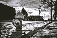 - (Mark McD Photos) Tags: blackandwhite bw snow monochrome hydrant dof bokeh pennsylvania sony depthoffield pa hd shallow alpha narrow lehighvalley easton cpl hoya nex 3518 nex5 markmcdphotos