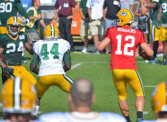 Aaron Rodgers James Starks 2 (pk_capt_sun) Tags: sports football nfl quarterback greenbaypackers mvp trainingcamp aaronrodgers jamesstarks raynitschkefield
