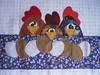Toalha de Copa Galinhas (Atelier Mimos da Fau) Tags: patchwork ovos galinhas aplicação apliqué patchcolagem troquinha patchapliquée grupoquitaria