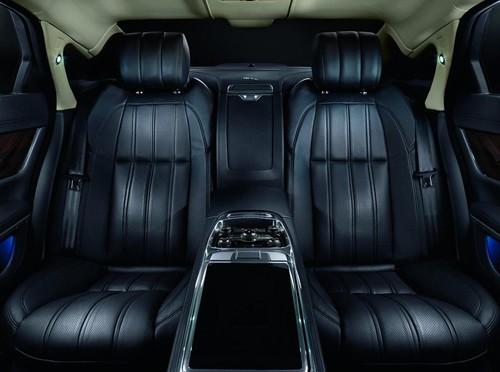 2013-Jaguar-XJ-Ultimate-17