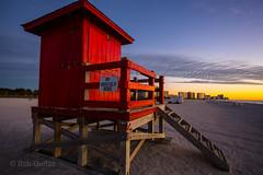 Lifeguard Hut (Mi Bob) Tags: sandkeypark clearwaterbeachflorida