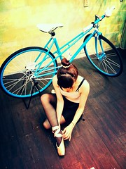 TAIWAN FIXEDGEAR SHOP OZOTW X C3 COMPLETE BIKE (OZOTW) Tags: green bicycle shop 50mm cycling asia track raw arms meetup taiwan gear fork tire cap milwaukee frame bolts singlespeed fixed taichung fixie fixedgear gt miche spindle velodrome slope pursuit sanmarco includes skid sprocket ozo sram chainlock bottombracket 4130 700c madeintaiwan footdown 2013 steelbike chromoly cityride bmxcrankset 26x20 46t kingheadset tricktrack carbonrim bullhornbar barspinable 48spline ozotw 26x195 fyxation srams80 wwwozotwcom 4130steel funframeset slopeframeset 26tire 26inchframeset 47ctire tpuvelcrotoestrap agbmxcrankset eurobottombracket funversion2 26x20tire 2011fun2 700x50c bruiserframeset 40mmwidthrim 40mmdeeprim