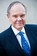 "Don Tapscott <a style=""margin-left:10px; font-size:0.8em;"" href=""http://www.flickr.com/photos/33037897@N06/8574348969/"" target=""_blank"">@flickr</a>"