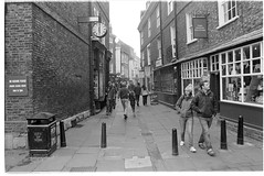 up stonegate (jj birder) Tags: york blackandwhite bw film fog 35mm yorkshire contax minster aria